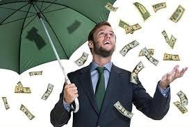 Денежный дождь: в Днепре неизвестные разбрасывали доллары из машины