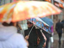 Холода и дождь надвигаются на Бишкек