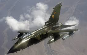 Немецкий истребитель-бомбардировщик потерял вполете два подвесных топливных бака