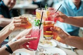 Минздрав России рассказал, сколько алкоголя можно пить каждый день