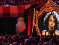 Уитни Хьюстон даст гастроли в 2020 году: певицу «оживят» на сцене