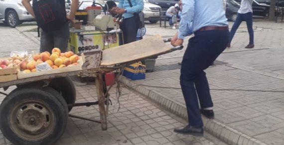В столице борются со стихийной торговлей