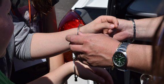 В Токтогуле  двоих граждан США задержали с наркотиками