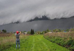 Дождевой фронт надвигается на Бишкек
