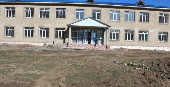 В Иссык-Кульском районе строится новая школа