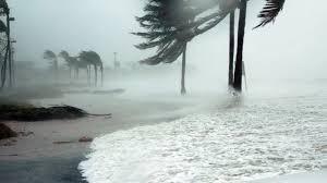 Ураган «Умберто набирает обороты