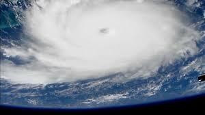 В США ураган «Дориан» достиг самой высокой категории