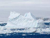В Антарктиде откололся огромный айсберг