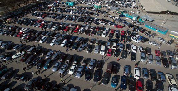В Кыргызстане выросли цены на автомашины