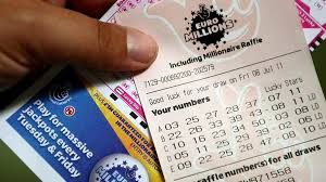 Британец выиграл в лотерею рекордные 190 млн евро