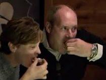 Мужчина пошел пообедать с женой и нашел в блюде жемчужину