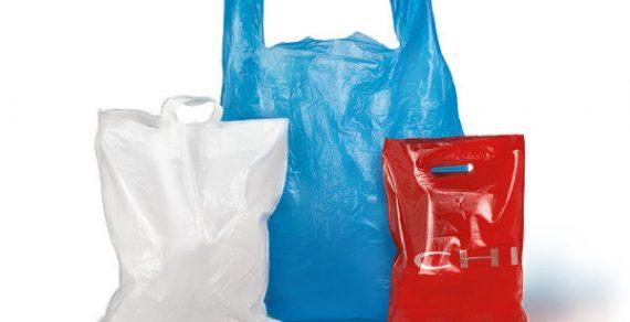 Кабмин предлагает ввести сбор на утилизацию при импорте пластиковых пакетов