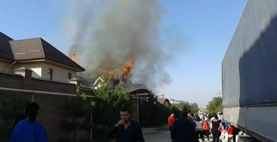 В жилмассиве Кок-Жар горит частный детский сад