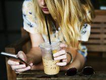 Эксперты выяснили, кто и чем засоряет свой смартфон