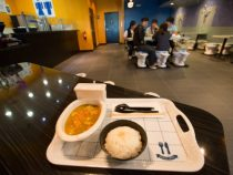 Унитазы вместо стульев: открыт самый неприятный в мире ресторан