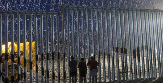 Кыргызстанцам рекомендуют не пытаться въезжать в США через Мексику