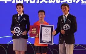 Китаец установил новый рекорд по прыжкам со скакалкой