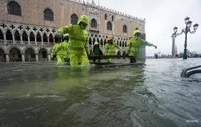Сильные ливни и наводнения продолжаются в Италии