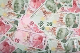 Анонимный благодетель одаривает деньгами малоимущих и оплачивает их долги