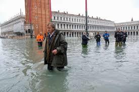 Ущерб отсильнейшего запоследние полвека наводнения вВенеции исчисляется сотнями миллионов евро