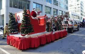 Парад Санта-Клауса прошёл в Канаде