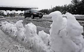 Сильные снегопады обрушились на север Испании