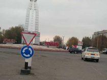 На кольцевой дороге в Токмоке установлены новые ПДД