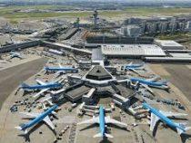В Амстердаме пилот случайно парализовал работу аэропорта