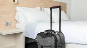 Врачи не рекомендуют спать в отеле раздетым