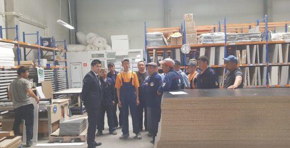Компания в Бишкеке занималась незаконной отправкой кыргызстанцев на работу за рубеж