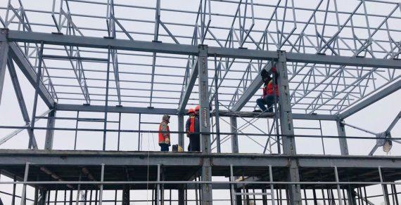 На трех КПП ведется строительство сервисных пунктов
