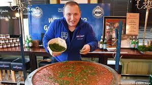 В Германии сварили самую большую порцию рыбной солянки