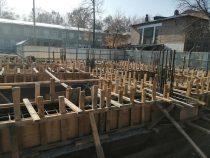 Строительство пристройки к школе №19 продолжается