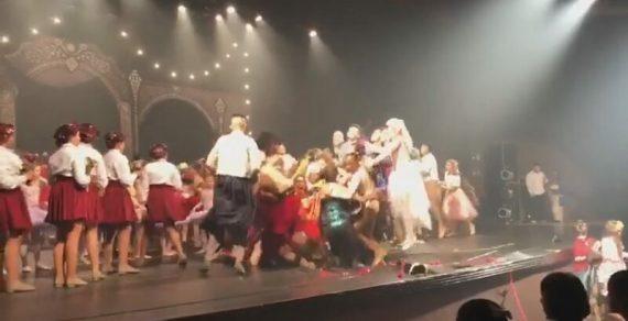 В Бразилии танцоры допрыгались в прямом смысле этого слова