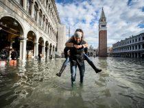 Стихия отступает: наводнение в Венеции пошло на спад