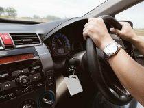 Водителей, использующих праворульные машины в коммерческих целях, штрафовать не будут