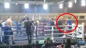 Самая нелепая травма в истории. Боксер выпал с ринга перед боем