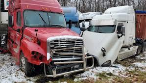 Около 20 фур столкнулись на трассе в Пенсильвании