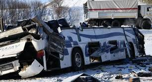 Стало известно гражданство погибших при опрокидывании автобуса в Казахстане