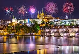 Новогодний фейерверк заменят видеомаппингом в Праге