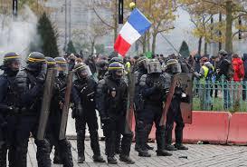 Из-за общенациональной забастовки во Франции выросла пробка в 550 километров