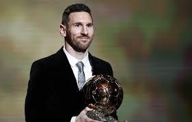Лионель Месси стал обладателем рекордного шестого «Золотого мяча»