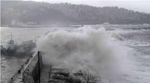 Мощный шторм обрушился наЭгейское побережье Турции