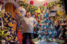 350 рождественских елок в доме: в Германии супруги установили мировой рекорд