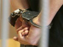 За вымогательство взятки задержан судоисполнитель