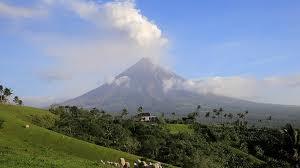 Филиппинский вулкан не успокаивается