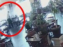 Сотрудники ресторана не обрадовались, когда к ним в гости прилетело колесо