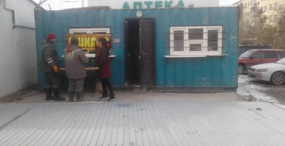 В Бишкеке демонтировали еще несколько незаконных объектов