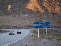 На автодороге Бишкек — Нарын — Торугарт Казахстан установил временный барьер