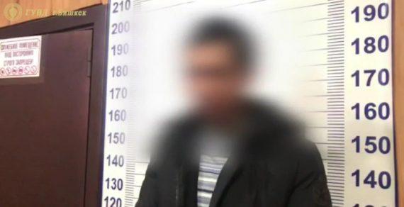 В Бишкеке вооруженный мужчина ограбил супермаркет